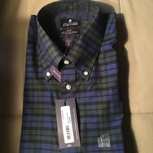 Plaided Men Dress Shirt